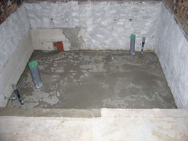 トイレの床下