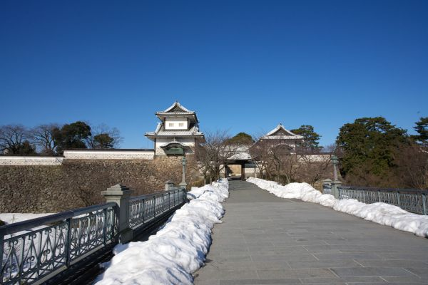 060122ishikawamon.jpg