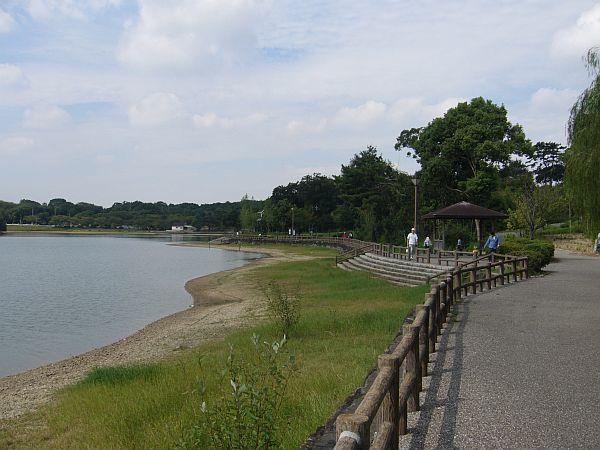 suharaike071006.jpg