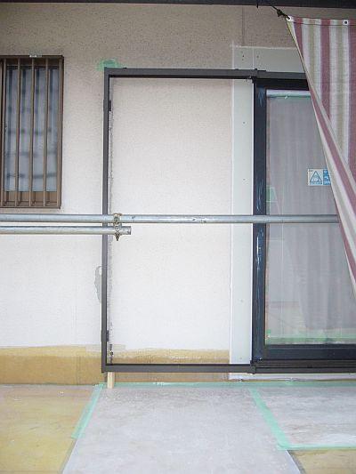 和室壁の外.jpg